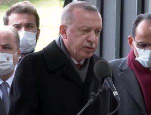 Cumhurbaşkanı Erdoğan, Turgut Özal'ın kabri başında Kur'an-ı Kerim okudu