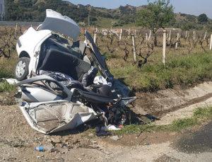 Manisa'da feci kazada can pazarı: 3 kişi hayatını kaybetti