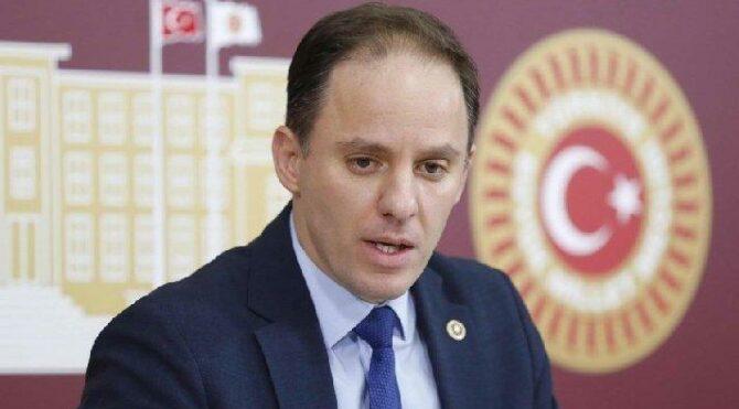 CHP'li vekil ortaya çıkardı… AKP'li başkan ikinci maaşa veda etti