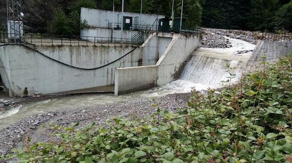 Tesla Enerji'den CHP'nin HES iddialarına cevap: Suyun şiddetiyle patlayacak bir kapak bulunmuyor